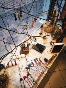 Vitrine de la boutique de l'Arcade de Gutenberg